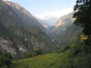 Die Ganga meandert durchs Tal