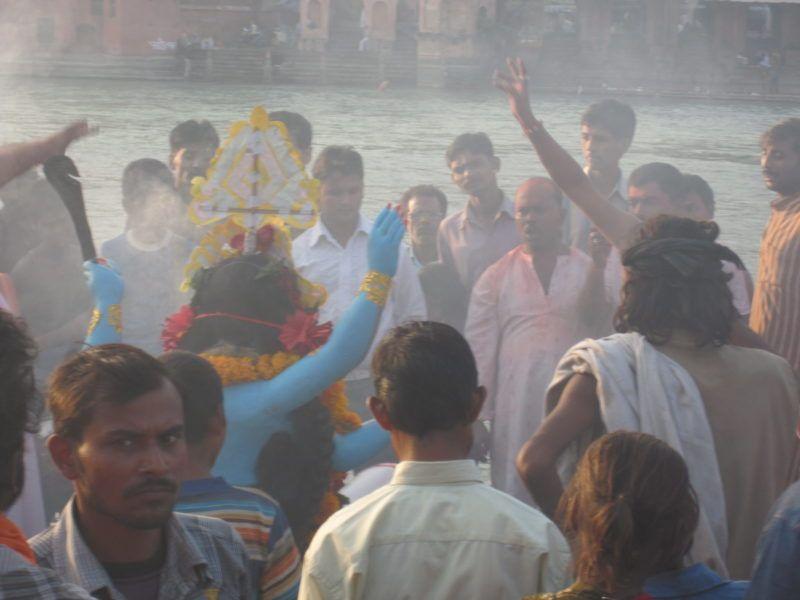 https://vedanta-yoga.de/indische-mythologie/kali-puja-in-haridwar/ Indische Mythologie - Geschichten über Gott und die Götter