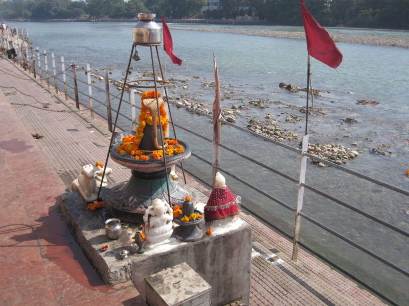 Shivalingam am Gangesufer