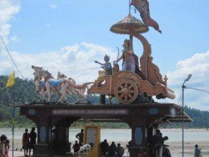 Krishna und Arjuna (in Rishikesh)