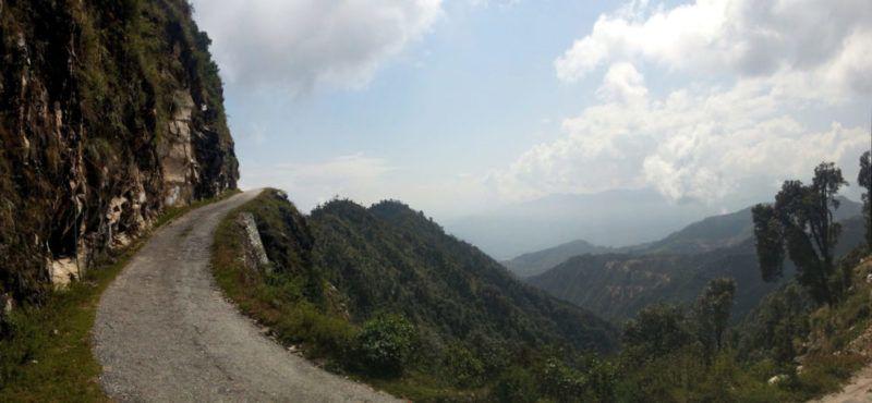 Road to Kartik Swami (Panorama Bild)