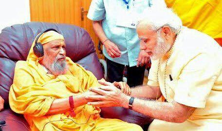 Swami Dayananda und Narendra Modi, 2 Wochen vor Mahasamadhi